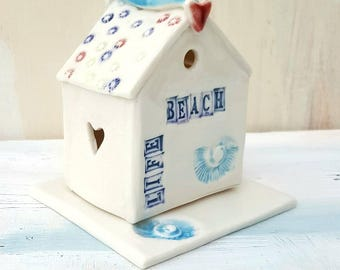 Decorative Beach Hut Ornament and T Light Holder