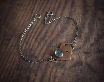 bracelet rustique coeur en cuivre, bijoux délicats agate aqua, style rustique, cadeau de Saint Valentin, mariage rustique, cadeau pour elle