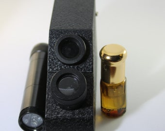 Refractometer, Gemological Tool, Jewelry Tool, Mineral and Gem Identification, Comes with Torch and Refractive Index Oil
