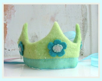 Felt Crown made from organic felt