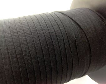 Through elastic, very soft black width 7mm, ideal for lingerie.