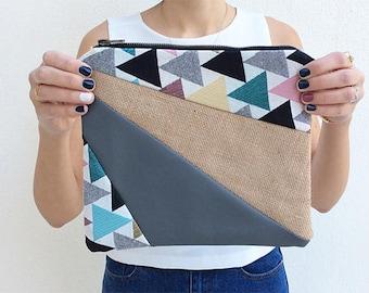 Happy Triangle Clutch Bag 1