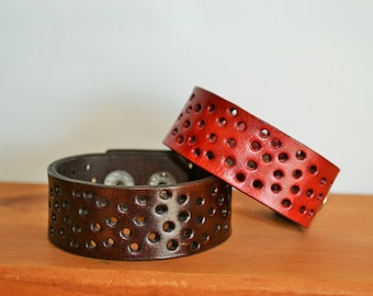 Leather bracelet - choose your size and color
