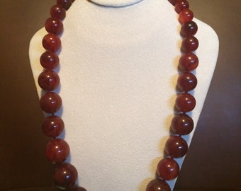 Elegant Joan Rivers bead necklace