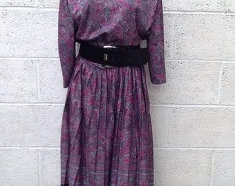 Statement vintage grey/pink/black/white design dress