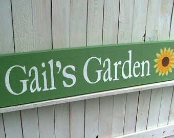 Custom Garden Sign | Personalized Wooden Outdoor Sign | Gift for Grandma | Choose Colors, Wording and Design