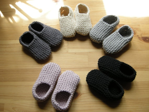 MANI - Baby slippers in pure cotton - made to order - pick your color