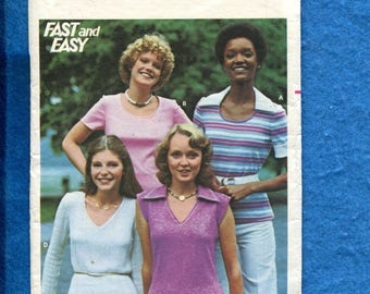 1970's Butterick 4614 Retro Tee Shirts with V or Scoop Necklines & Large Pointed Collars Size 16