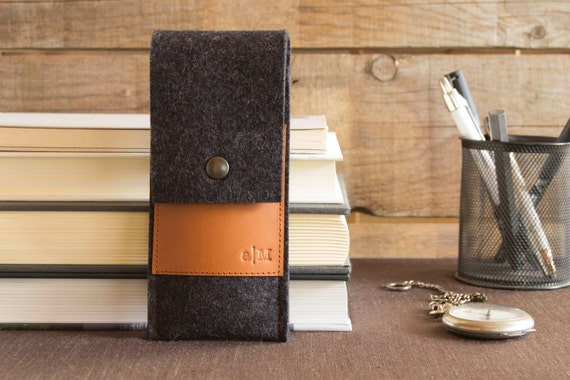 Felt and leather PEN HOLDER, sunglasses case, pencil case, charcoal and tan, wool felt, handmade, made in Italy