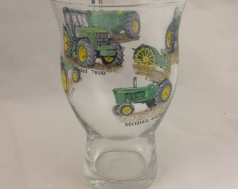 JOHN DEERE 1pt Craft Beer Glass 6 different tractors on