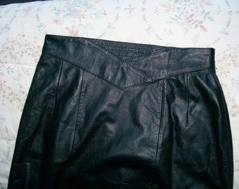 Vintage Jacqueline Ferrar LEATHER SKIRT Black Pencil Women's Size 10 High Waist Mid Knee