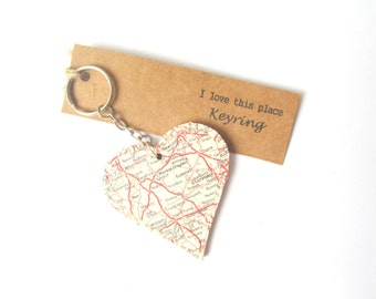 Midlands, UK keyring: heart shaped keychain made with a map of the UK featuring Stafford, Derby. Ideal gift for new home, birthday.