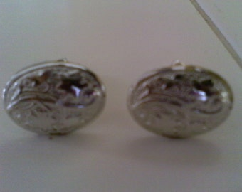 Cuff links, silver plated metal, country western, cowboy jewelry, concho design