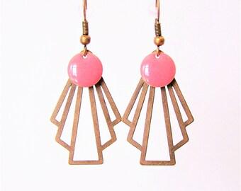 Retro fan and sequin pink enamel earrings