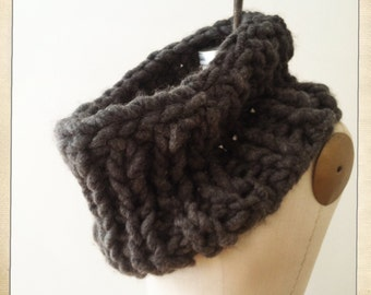 Gaga Bulky Snood Bulky Scarf  Chunky Scarf  Hand Knit Snood Circular Scarf Cowl Scarf  Chunky Knit Scarf Hand Made Charcoal Color