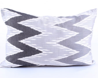 Black Grey, Zigzag Silk Ikat Pillow Cover, Decorative Throw Pillow Case, Cushion Cover, Decor Modern Pillow, Cover Zigzag Green Ikat Pillow