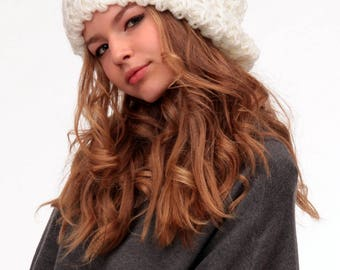 Slouchy hat fall Winter Oversized Chunky hat Baggy beanie Hat chunky womens Hipster beanie hat Knit slouchy beanie Oversized slouchy hat