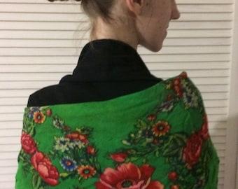 Vintage ukrainien châle châle russe floral foulard châle vert soviétique châle style russe châle de laine fabriqué en URSS 1960