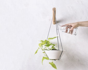 Hanging planter with grey thread, plant hanger, wall planter, modern macrame, plant wall hanger, indoor plant hanger, plant hangers
