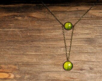 Green leaf necklace, double necklace, tree leaf necklace, statement necklace, nature necklace, double leaf necklace, nature jewelry