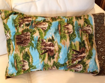 Pillowcase with elephant design