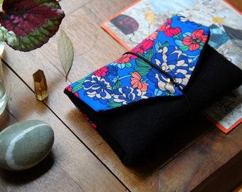 Pocket / elastic pouch / ring tobacco / wallet / black / flower