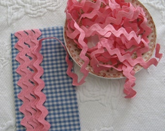 Vintage Cotton Ric Rac- Carnation Pink - 5 Yards - 6 Dollars