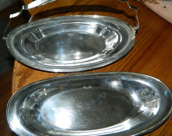 A Pair of Vintage Silver Plated Oval Platters~A Elegant Set of Silver Serving Dishes~Perfect For Parties~Showers~Luncheons~Special Occasions