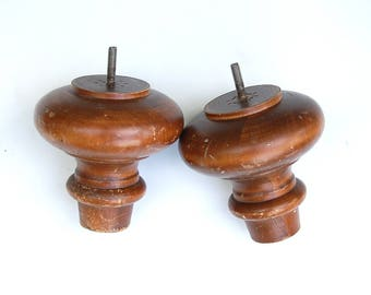 """Vintage Two 5"""" Chunky Short Sofa Legs Round Turned Furniture Feet Large Finial Replacement Part Wood Salvage Architectural Elements of Decor"""