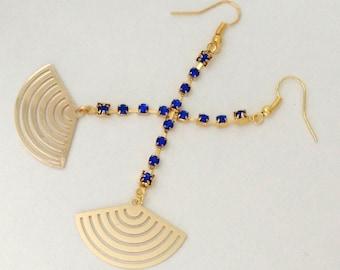 Golden fan earrings and dark blue rhinestone elegant