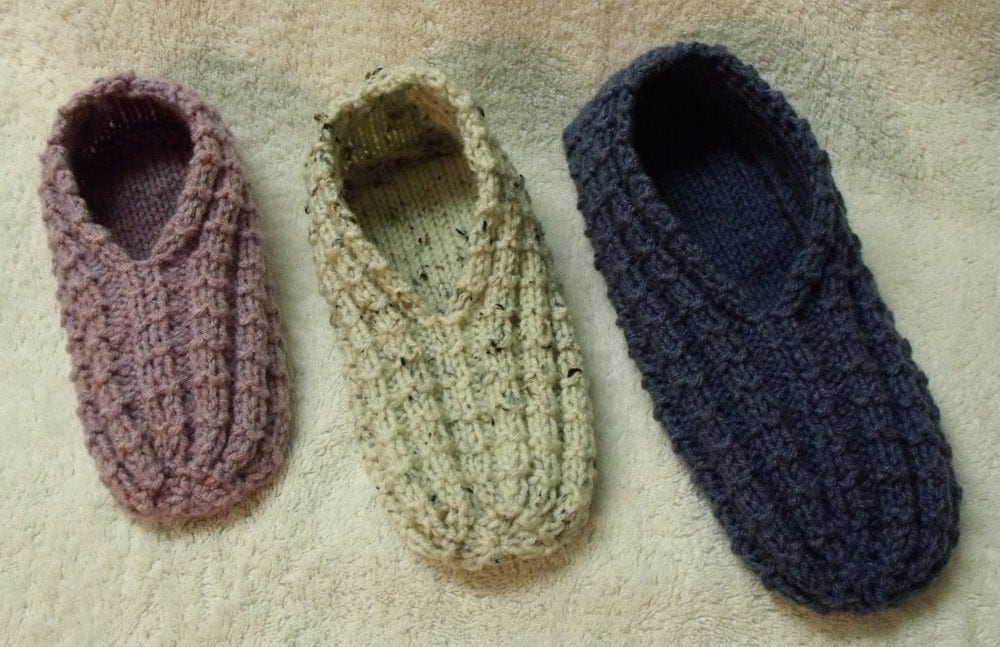 Knitting Easy Slippers : Easy to knit slippers tutorial knitting pattern kindle