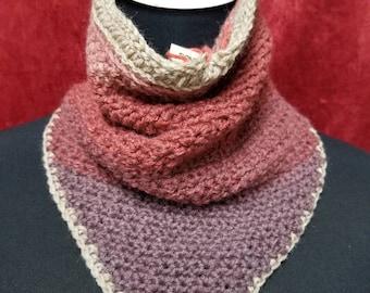 Soft yarn crochet Bandito scarf