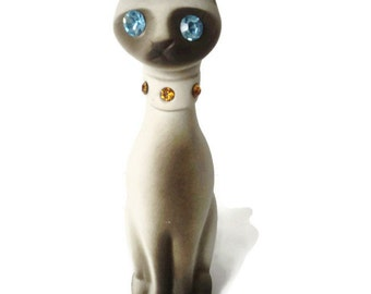 California Pottery Siamese Cat Figurine Blue Rhinestone Eyes Amber Collar