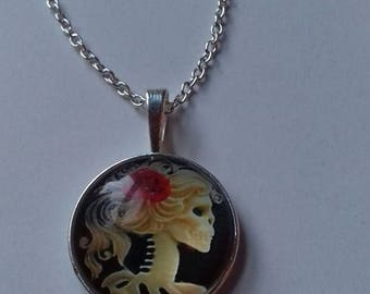 Skeleton lady necklace and pendant