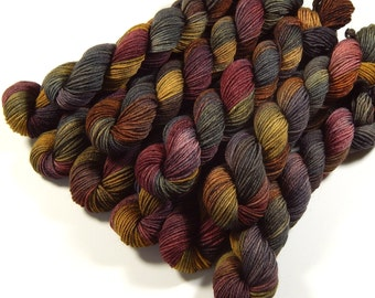 Mini Skeins Sock Yarn, Hand Dyed Yarn, Sock Weight 4 Ply Superwash Merino Wool Yarn, AGATE, Knitting Yarn, Gray Grey Brown Earthtones