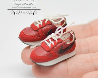 Red 1:12 Dollhouse Miniature Sports Shoes OMD B16-3