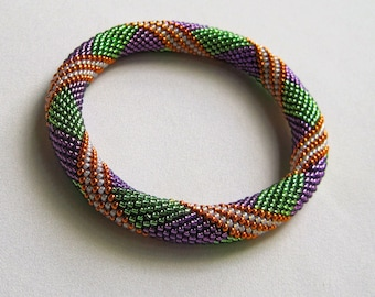 Bead Crochet Pattern:  Parallelogram Bead Crochet Bangle Pattern