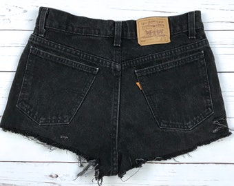 Vtg 90s Levi's 550 Orange Tag Black High Waisted Distressed Denim Shorts Womens 28 Made in USA