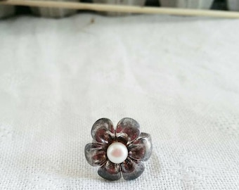 Vintage Pearl flower ring and Arg925