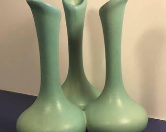 VAN BRIGGLE POTTERY signed green blue triple connected vase figurine sculpture statue original colorado springs artist vintage