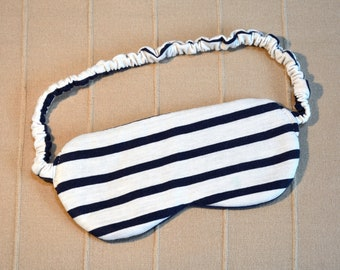 Sleep mask (1 piece) - Night mask - Eye mask - Blindfold - For the airplane - To sleep in the dark even in the midnight sun! - Handmade
