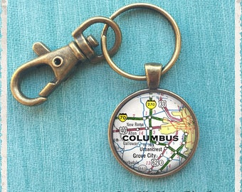 Personalized Map Keychain, Custom Map Necklace, Map Jewelry, Long Distance Gift, Wedding Favor Gift, BFF Gift, Key Chain, Key Holder