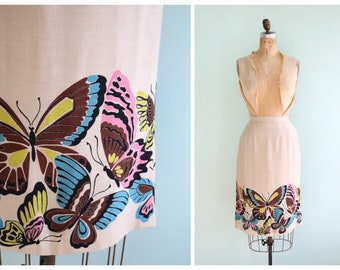 Vintage 1950s Butterfly Border Print Pencil Skirt   Size Small
