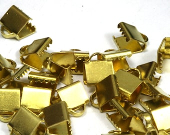 100 pcs 6x7 mm Raw Brass Ribbon Crimp Ends, Raw Brass Ribbon Crimp End, Ribbon Crimp Ends cap,,with loop Findings R332