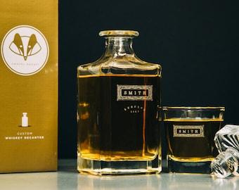 Housewarming Gift, Wedding Gift – Personalized Whiskey Decanter