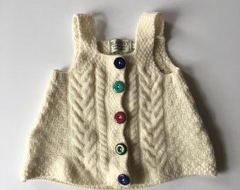 2T? Vintage Hand-knitted Wool Sweater Cable-knit with Resin Buttons