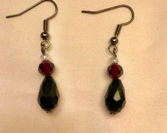 Simple Black Drop Earrings
