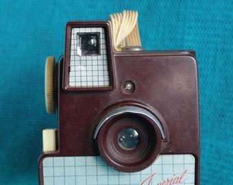 Imperial Debonair  620 Camera