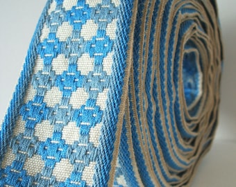 "vintage geometric pattern trim in sky blue and oatmeal 2"" wide 1 yard upcycling DIY project"