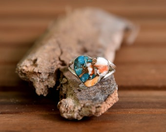 Spiny Oyster Turquoise Heart Ring - Size: 9